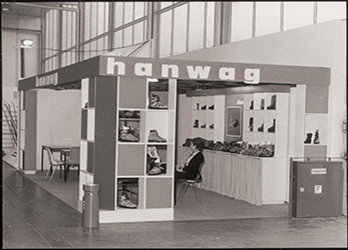 1956-hanwag-exhibits